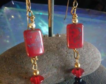 Handmade Beaded Earrings Red & Gold