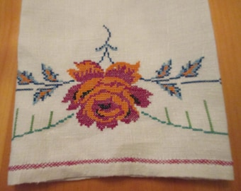 Vintage Needlepoint Petit Point Linen Hand Guest Towel or Kitchen or Tea Towel, Rose