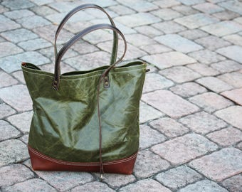 leather tote bag - only one available - one of a kind - made in USA - 010085