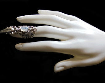 Claw Ring - Silver - Opal - Gothic - Vampire - White Witch - Moonstone - Opalescent - Finger Armor - Witchy - Wiccan - Jewelry - Halloween