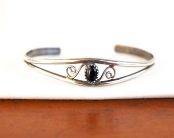 Onyx Cuff Bracelet Vintage Southwestern Size 6 Small Girls Jewelry Black Stone