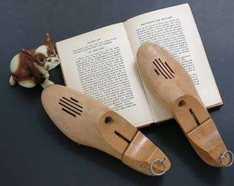 Vintage Wooden USMC Shoe Trees - Rustic Home Decor - Wooden Shoe Keepers - Folding Wood Shoe Trees - Primitive Wood Home Decor