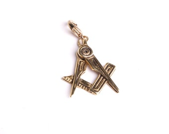 Pendant jewelery Freemason Masonic square and compass decoration to wear with cord or chain by mode France workshop
