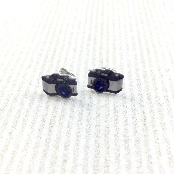 camera earring, picture, photograph, black and grey, gray camera, camera, print on plastic, stainless stud, handmade, les perles rares