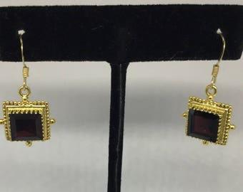 Garnet sterling silver earring