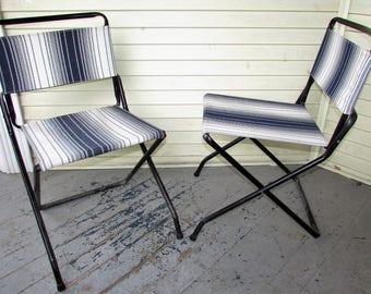 2 Folding Metal Chairs Vintage 1950u0027s Metal Lawn Camping Glamping Fishing  Beach Deck Patio Chair Bistro
