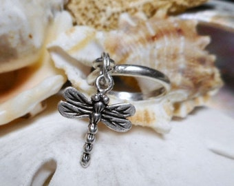 ON SALE Sterling Silver Dragonfly Dangle Charm Ring Movable 2.29g Size 5