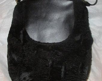 Vintage Mel Ton Black Handbag Faux Fur Large Pouch Vintage Purse Kiss Clasp Metal Frame Shoulder Bag Mid Century Handbag 1950s 50s