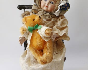 Replica doll Kämmer and Reinhardt, Simon and Halbig, Germany. English body.