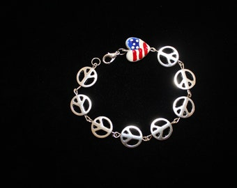 Very fun Peace bracelet