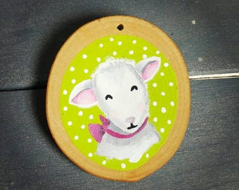 Lamb in a pink bow woodslice