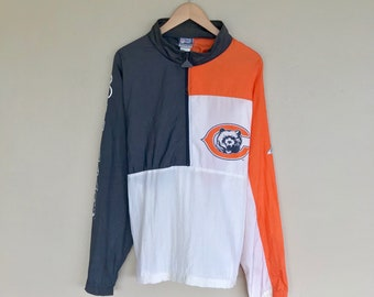 Vintage Chicago Bears windbreaker / retro 80s 90s mens womens large / NFL football jacket sweatshirt sweater hoodie pullover coat jersey hat