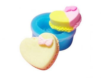 Miniature heart with bow cake mold
