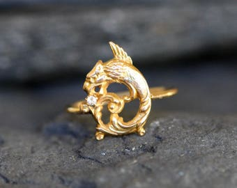 Victorian Diamond Gryphon Griffon Ring in 14k Yellow Gold - JL882