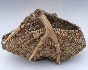 Panier de bois de cerf-article 829 par Susan Ashley