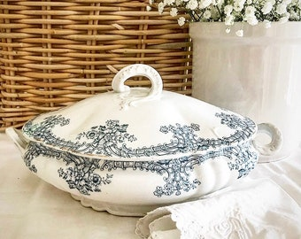 Antique Transferware John Maddock & Sons Louis XIV Tureen ~ Hard To Find Louis XIV Pattern ~ Antique Ironstone Tureen ~ Antique Farmhouse