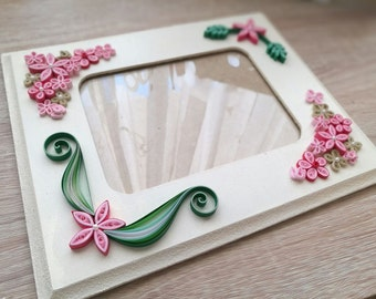 Paper- Quilling Flowers Frame