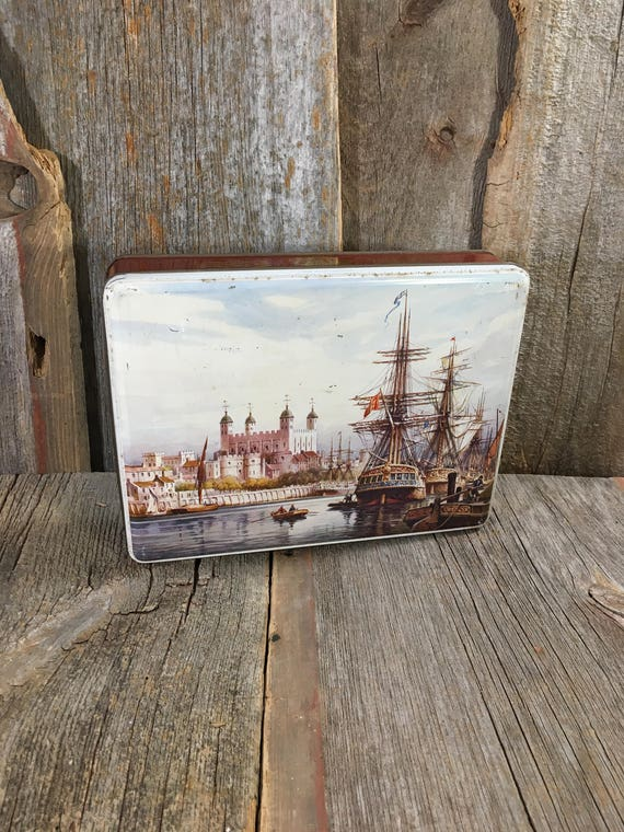 12 MB container made in Gt. Britain, scenic tin, castle and ship tin, vintage tin, vintage tea tin, made in Great Britian,  tin collector