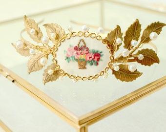 ELANORA Embroidered Gold Leaf and Pearl Headband, Bridal Headband, Leaf Crown, Garden Wedding, Forest Wedding, Woodland Wedding, Cottage