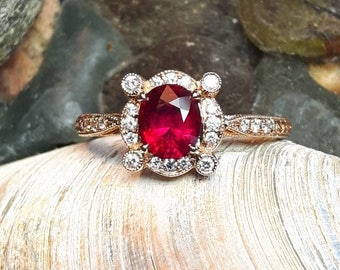 Natural 1.02ct Ruby in 18kt rose gold and Diamond ring