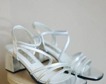 SALE! Vintage Silver Metallic Strappy Block Heels / Via Nova  / 8.5