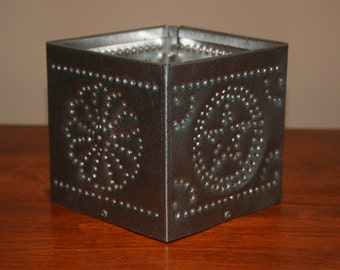 Small Mexican Encircled Star-Rosette Style Luminary