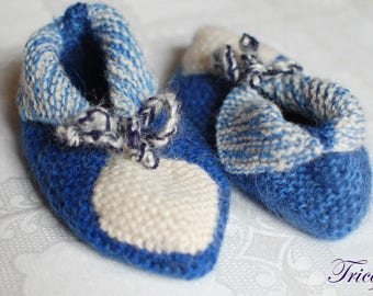 Blue and white hand knitted kids slippers