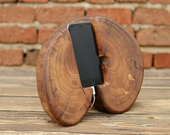 iPhone 6 / 7 Stand, Wedding gift, Wooden iPhone Docking Station, Samsung Galaxy Stand, Charging iPhone Station Charging Point