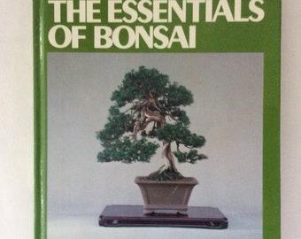 Bonsai - Step by step guide - miniature trees - Japanese book - HowTo - vintage book - first edition - raising Bonsai - dwarf trees - 1982