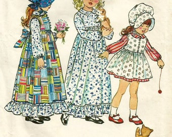 Vintage 70s Simplicity 5996 Hollie Hobbie Toddler Girls Dress, Apron Pinafore and Bonnet Sewing Pattern Size 5