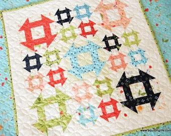 Lattice Mini Quilt Paper Pattern
