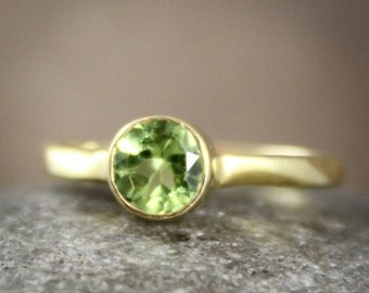 August Birthstone Ring - Green Peridot Ring - Brilliant Round Cut, Vermeil Gold