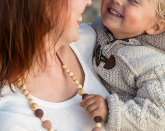 Mother Gift - The Best Seller - Capuccino Nursing Necklace - Juniper Wood