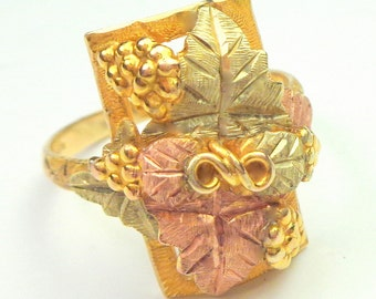 Sz 9.5, Black Hills Gold Ring, Solid 10k Gold, Vintage, Rose Gold Ring, Yellow Gold Ring,Leaf and Vine Design,Classic Gold Ring