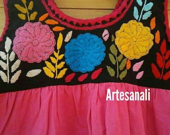 Beautiful hand embroidered dress size 3T -4T/