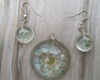 Abundant Sunshine pendant and earrings