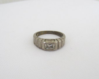 Vintage Sterling Silver CZ Ladies Ring Size 5