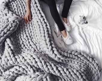 Merino Wool Chunky Knit Blanket Super Giant Bulky Yarn Handmade 100% Natural Eco-Friendly Arm Knit Chunky Throw Blanket Roving Fiber