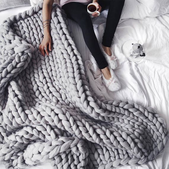 Love this grey chunky knit blanket