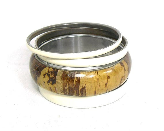 Vintage Set of Bangles in Brown and Cream