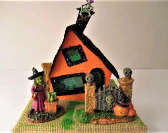 Halloween Glitter House