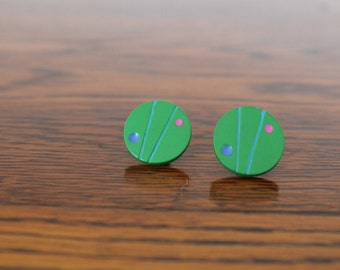 Vintage 80s ABSTRACT Dots Lines GREEN Round Circle Painted Wood BUTTON Stud Post Pierced Earrings