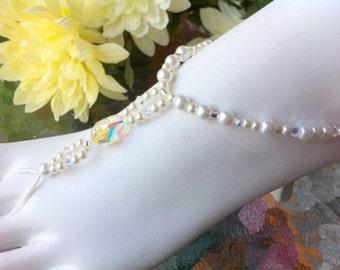 Bridal barefoot sandals sparkly swarovski elements weddings freshwater pearls stretch anklet thong summer sandles