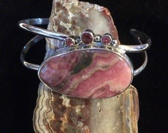Ode to pink bracelet