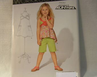 Uncut New Look Pattern 6221 Child's Adorable Sleeveless Top with Shorts