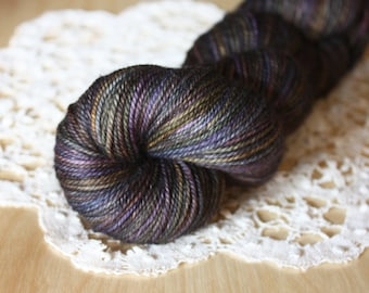 Hand Dyed Yarn / Fingering Weight / Deep Dark Iridescence Plum Black Alchemy Superwash Merino Cashmere Nylon / Gifts Knitters Crocheters