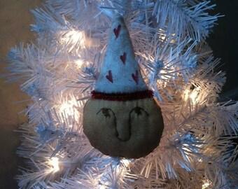 3pc. Primitive Lady of Hearts Ornament