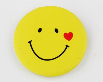 "100 1.25"" Custom button pins, custom yellow pins, big smile custom button pins, pinback custom button pins, button badge, custom button pins"