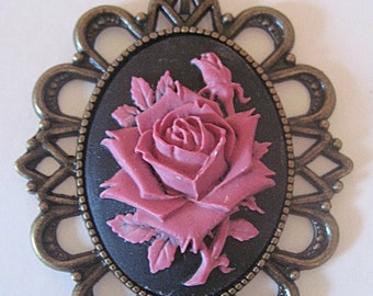 Retro vintage cameo necklace violet rose rockabilly pin up gothic victorian penny dreadful wedding ceremony gardening shabby