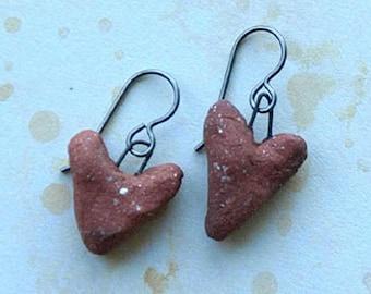 primitive heart earrings, ceramic primitive hearts, PRIMITIVE HEARTS, hypoallergenic titanium earwires